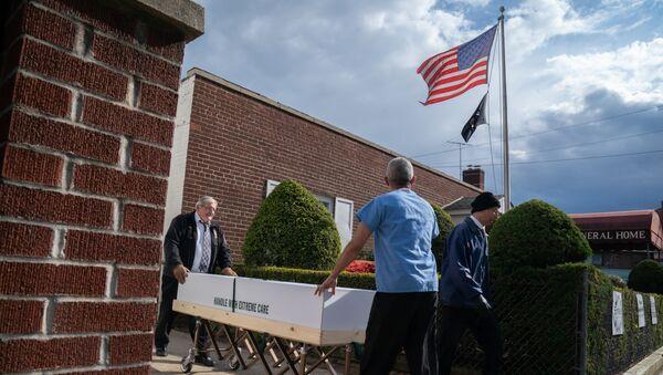 米ルイジアナ州 ハリケーンで墓地から流された棺が村に散乱 - Sputnik 日本