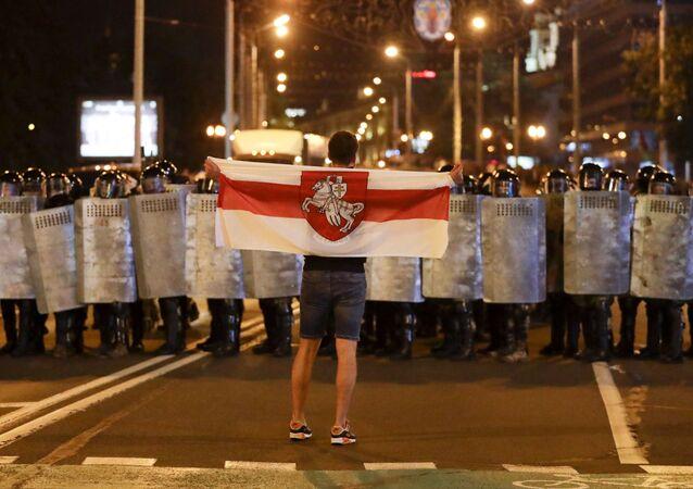 ベラルーシの抗議デモ、強硬姿勢を貫くルカシェンコ政権の行方を占う「市民は、国を破壊したくはない」