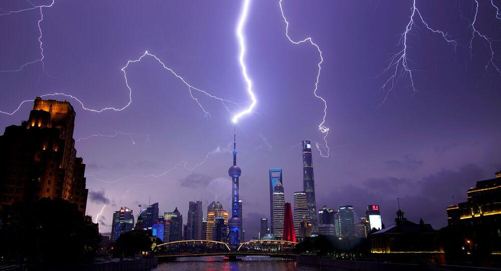 中国は気象を武器にするのか? 国が気象操作システムの創設へ