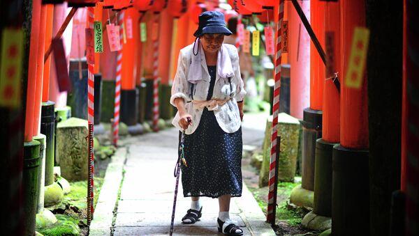 寂しい日本の高齢者 - Sputnik 日本