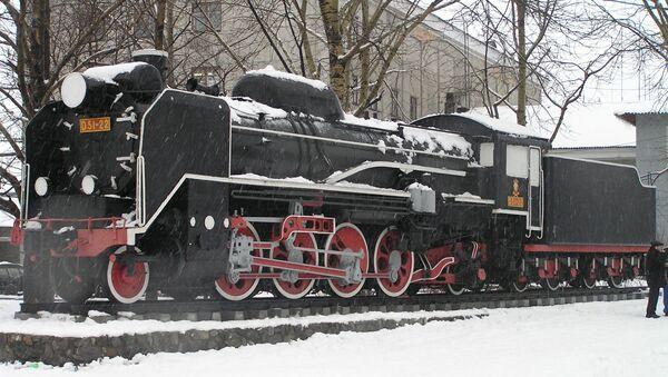 ユジノサハリンスクで保存されている戦後製サハリン州鉄道向けの日本の国鉄D51形蒸気機関車22号機 - Sputnik 日本