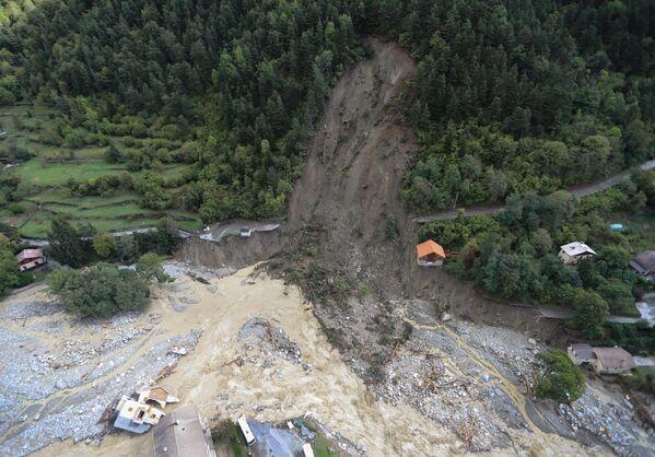 フランス南東部サン=マルタン=ヴェジュビーでの洪水被害の様子(2020年10月3日) - Sputnik 日本