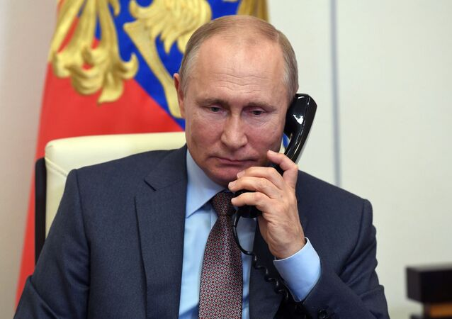 プーチン大統領、トルコ大統領と電話会談