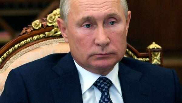 露大統領府、プーチン大統領はパーキンソン病を患っているという報道にコメント - Sputnik 日本