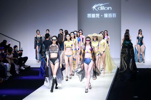 10月31日、北京で開催されたチャイナファッションウィーク - Sputnik 日本