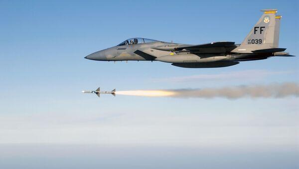Пуск ракеты американским истребителем F-15 - Sputnik 日本