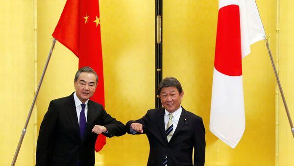 Визит Главы МИД Китая Ван И в Японию - Sputnik 日本