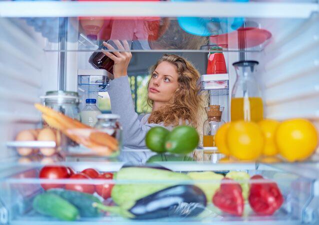 カナダ人女性、1年にわたって空腹感を失う