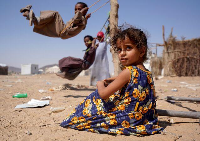イエメン 女の子