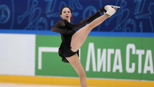 Елизавета Туктамышева выступает с произвольной программой  в финале Кубка России по фигурному катанию в Москве - Sputnik 日本