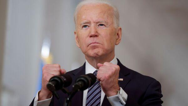 Президент США Джо Байден в Белом доме в Вашингтоне - Sputnik 日本