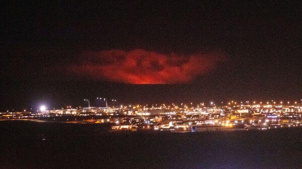 ファグラダルスフィヤル火山の噴火の様子 - Sputnik 日本