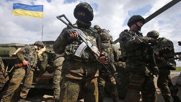Украинские военные на линии разграничения в Донбассе - Sputnik 日本