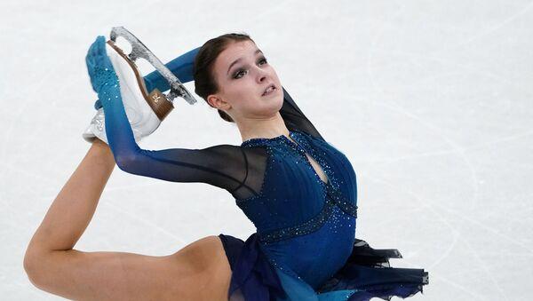 フィギュア国別対抗戦 女子SPは1位、2位ともロシア - Sputnik 日本