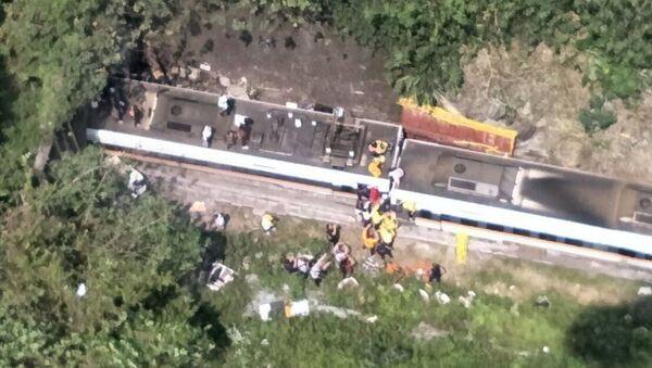 台湾列車脱線事故 - Sputnik 日本