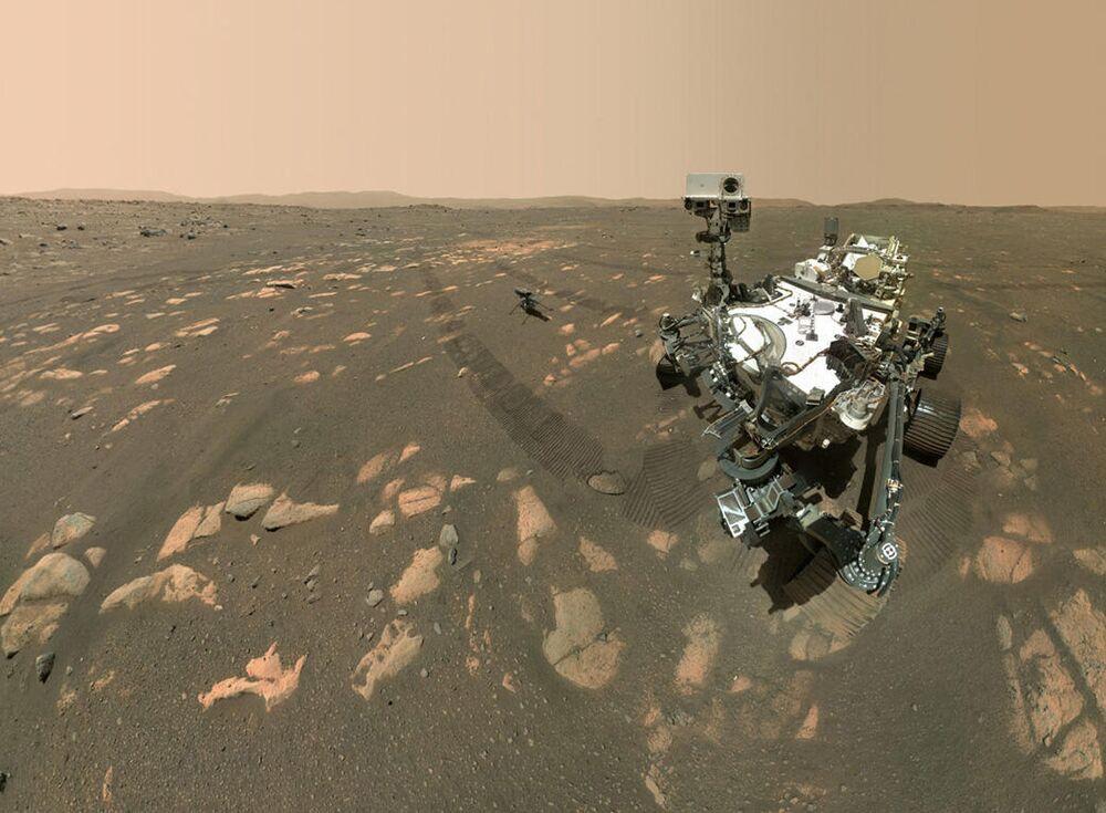 火星でセルフィー(自撮り)をするNASAの火星探査機「パーサヴィアランス」