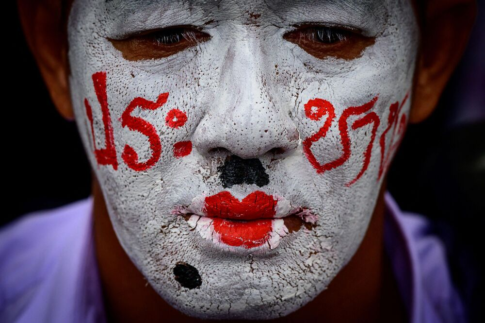タイ・バンコクで行われた「赤シャツ隊」による反政府集会に参加した活動家