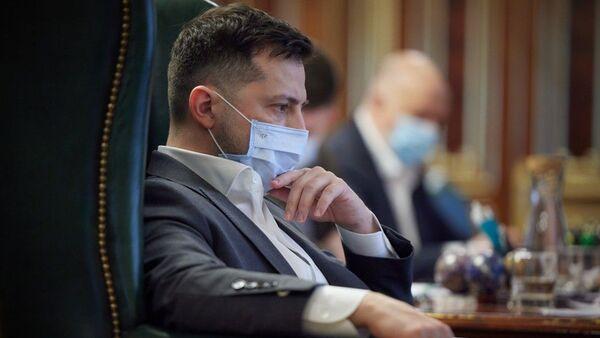 Президент Украины Владимир Зеленский в маске - Sputnik 日本
