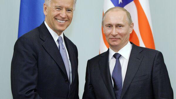 プーチン大統領とバイデン副大統領 2011年 - Sputnik 日本