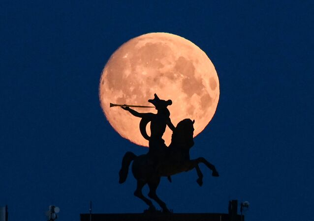 モスクワ 月の背景