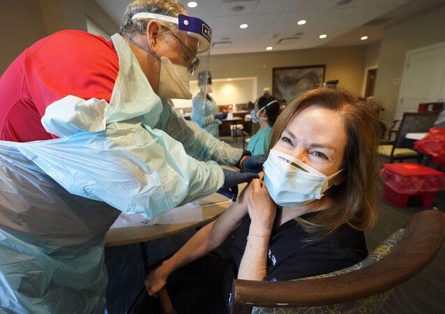 米国 フロリダ州が新たな感染拡大の「震源地」