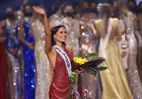 ミス・ユニバース2021で優勝したメキシコ代表のアンドレア・メサさん - Sputnik 日本