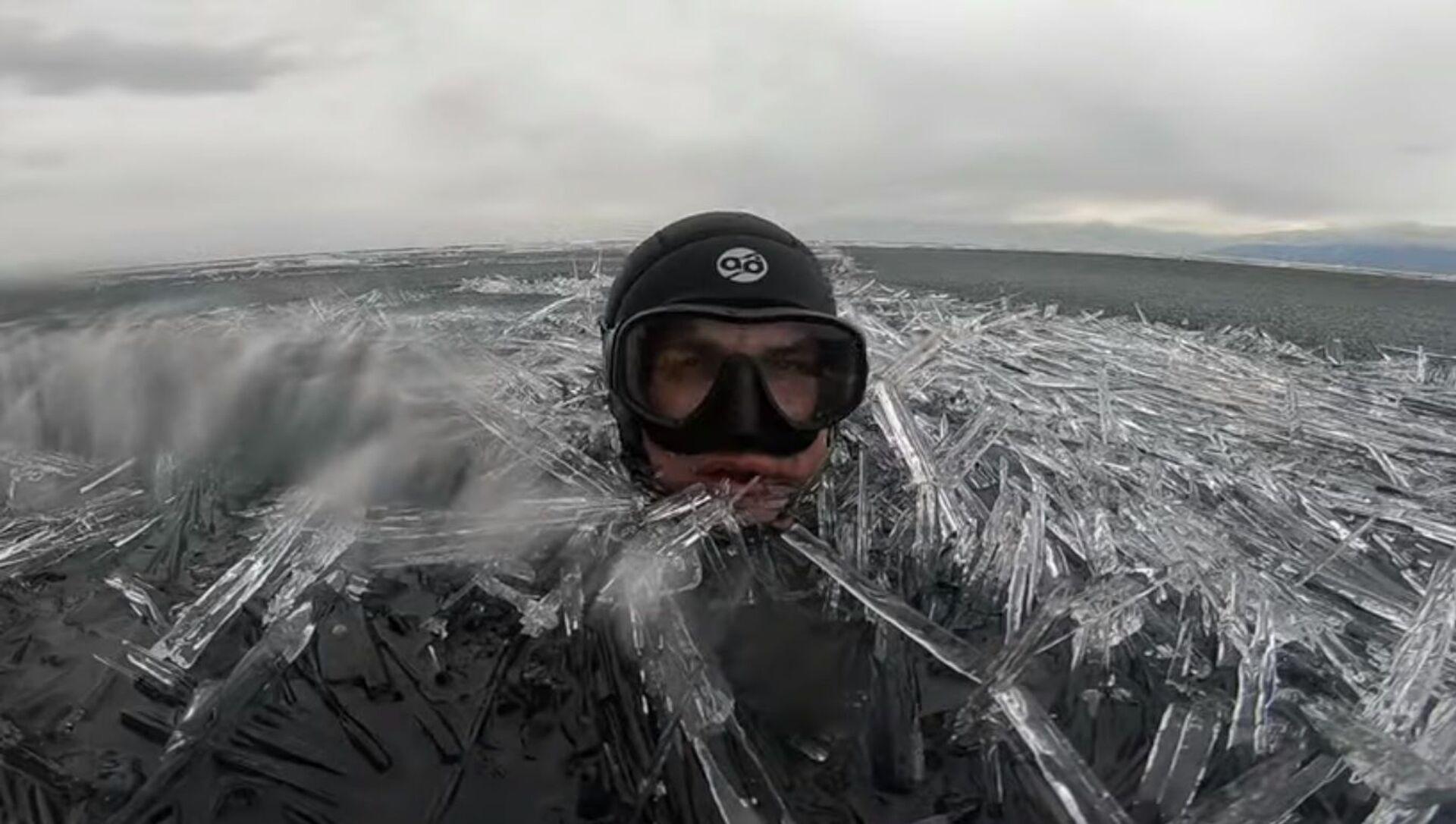 Swimming in an Ocean of Ice Needles - Sputnik 日本, 1920, 27.05.2021