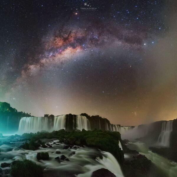 Victor Lima氏の作品『Devil's throat(悪魔の喉笛)』 ブラジルのイグアスの滝で撮影 - Sputnik 日本
