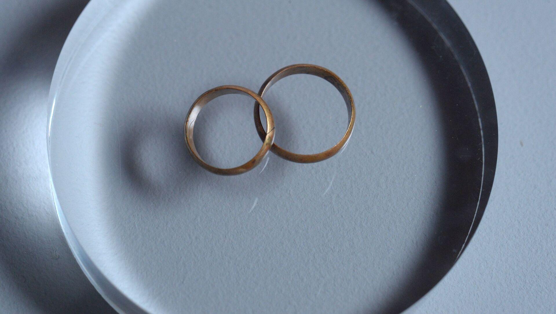 南アフリカ 一妻多夫制を認める法案の審議を開始 - Sputnik 日本, 1920, 04.06.2021