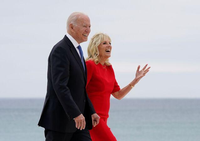 米国のバイデン大統領とジル夫人