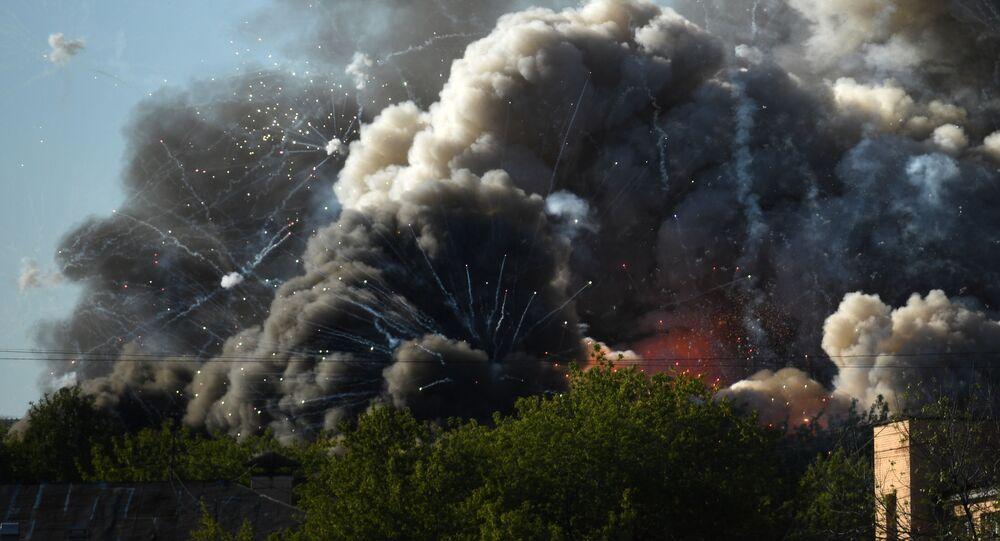 モスクワ中心部の花火倉庫で大規模火災