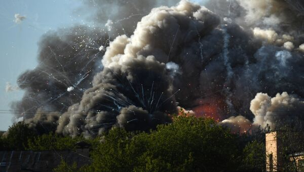 モスクワ中心部の花火倉庫で大規模火災 - Sputnik 日本