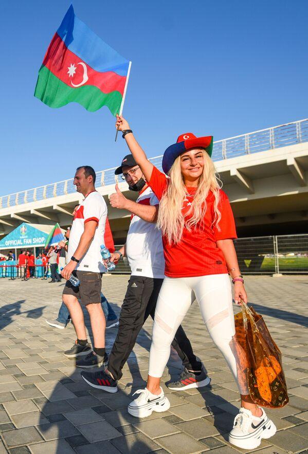 アゼルバイジャン・バクーで、グループA第2節、トルコ対ウェールズの観戦に訪れたトルコのサポーター - Sputnik 日本