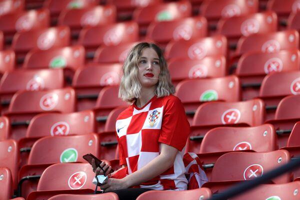 ポーランド・グラスゴーで、グループD第2節、クロアチア対チェコの試合開始を待つクロアチアのサポーター - Sputnik 日本