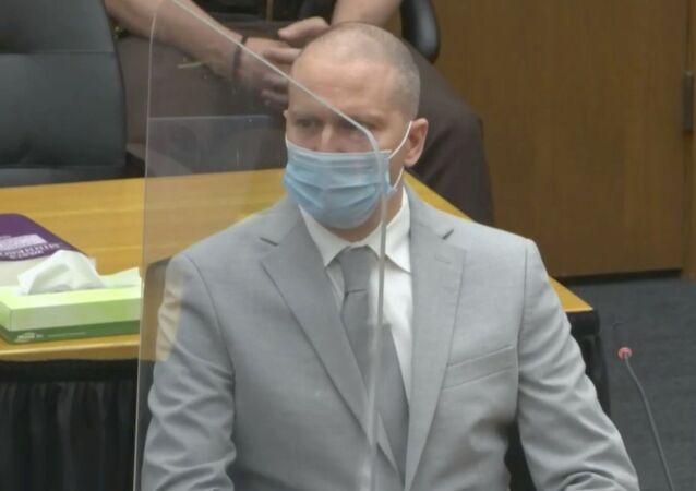 デレク・ショービン被告