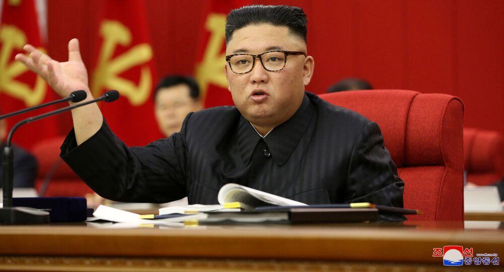 北朝鮮当局 金正恩総書記の体重減少を国民の支持向上にどう利用しようと考えたのか?