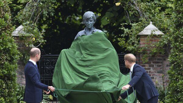 ダイアナ妃の銅像除幕式 - Sputnik 日本