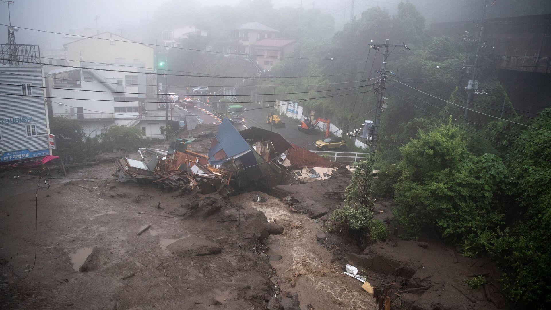 熱海市の土石流、死者3人に 113人の所在の確認急ぐ - Sputnik 日本, 1920, 05.07.2021