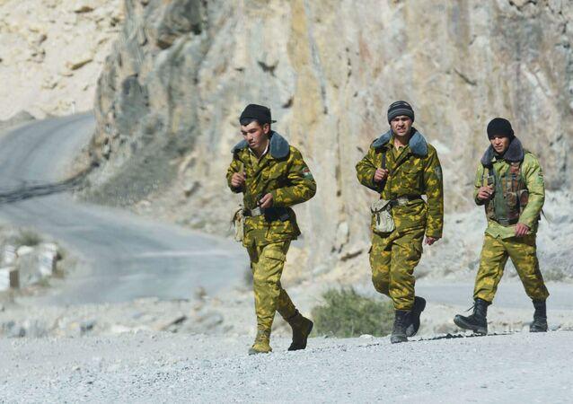タジキスタンとアフガニスタンの国境
