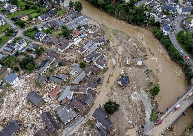 ドイツ 洪水による死者数は156人に