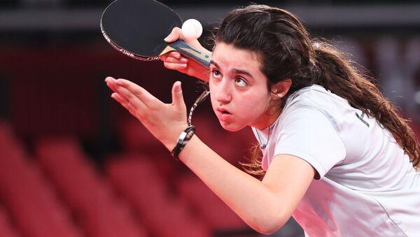 東京五輪・卓球女子シングルス予選の試合に臨むシリアのヘンド・ザザ選手(12)同大会参加選手の中で最年少 - Sputnik 日本