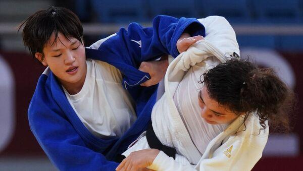 柔道女子70キロ級 日本の新井千鶴選手が金 リオの涙を晴らす - Sputnik 日本