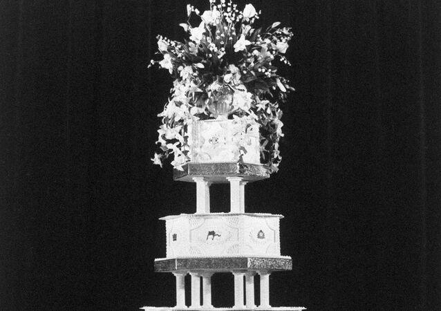 ダイアナ妃・チャールズ皇太子のウェディングケーキ