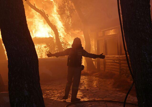 ギリシャ、火災(2021年8月3日)