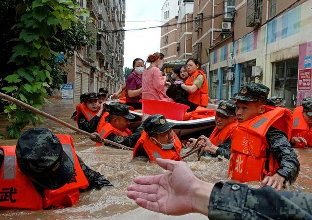 中国、洪水(2021年8月)
