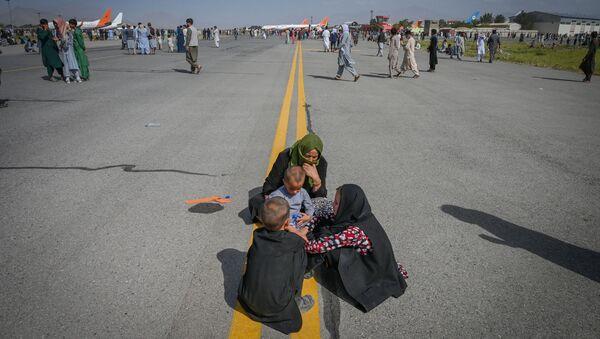 アフガニスタン人学者が語るカブールの状況 「家から出ることができない」 - Sputnik 日本