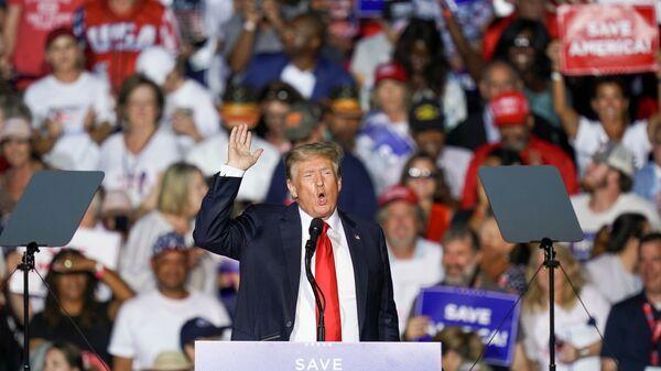 Бывший президент США Дональд Трамп на митинге своих сторонников в штате Алабама - Sputnik 日本