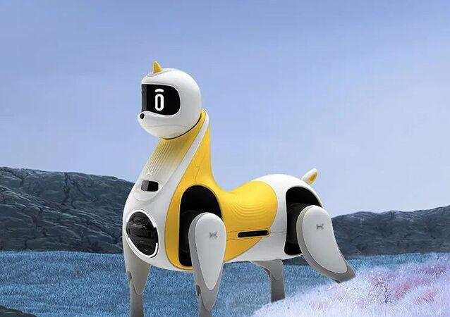 まるで完全自動運転のEV 中国メーカーが初のロボット馬を発表