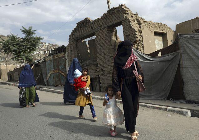 アフガニスタン 女性