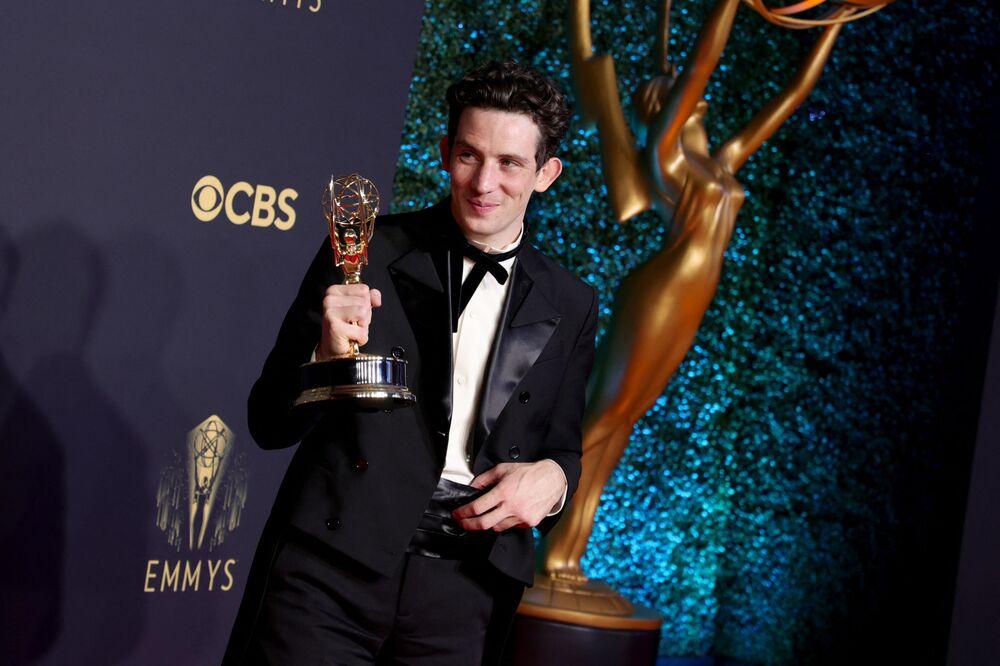 受賞作『ザ・クラウン』の俳優ジョシュ・オコナーさん
